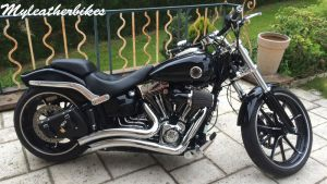 SO11 Softail Breakout